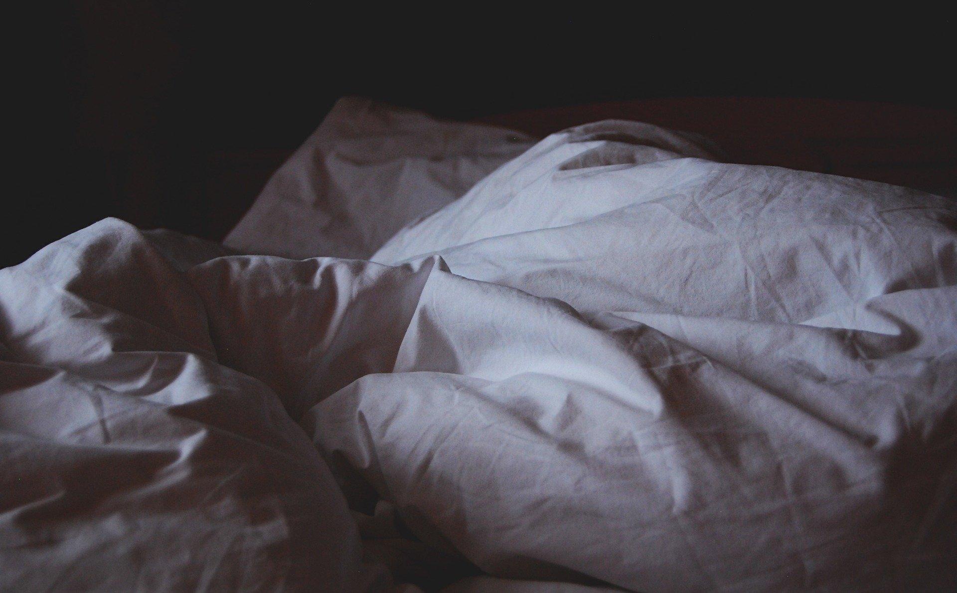 コルセット とき 寝る 骨折 圧迫